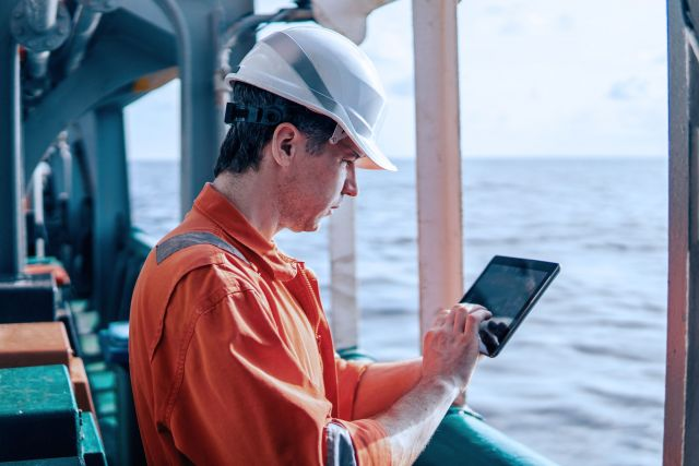 Handle the entire travel process for crews and on and offshore personnel using just one online tool