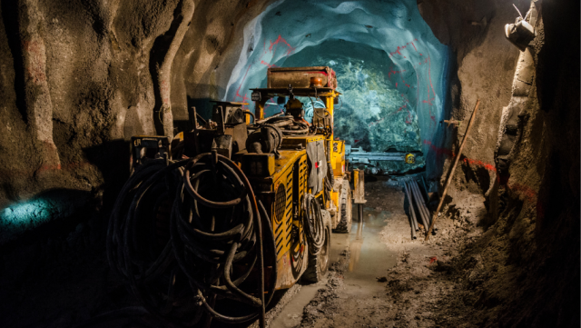 Manage the entire mine crew travel process with one system, one point of contact and 24/7 support