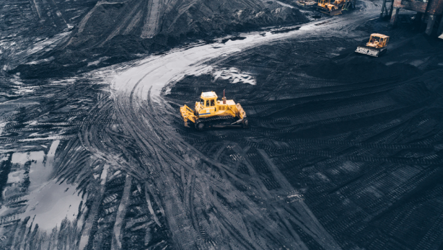 Deliver an enhanced end-to-end travel experience for your workforce and greater efficiency for your mining organisation