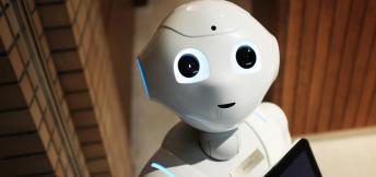 How will chatbots and AI affect business travel?