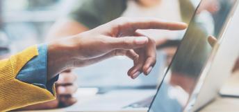 Lees de whitepaper: Online communities zijn onmisbaar voor goed klantcontact