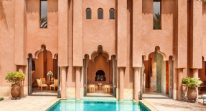 Een Europe & Morocco Jet Expedition